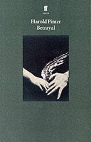 9780571160822: Betrayal (Pinter Plays)