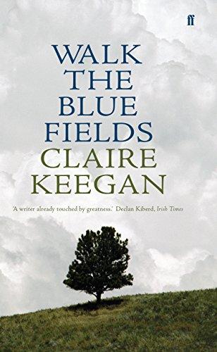 9780571233069: Walk The Blue Fields