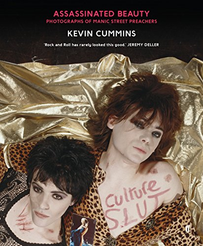 9780571312139: Assassinated Beauty: Photographs of the Manic Street Preachers