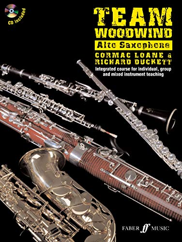 9780571528141: Team Woodwind: Alto Saxophone