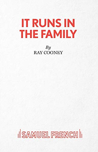 9780573017995: It Runs in the Family: a comedy