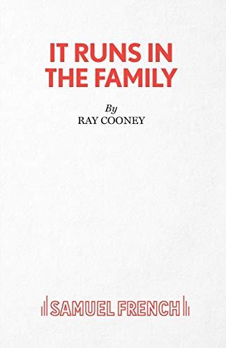 9780573017995: It Runs in the Family