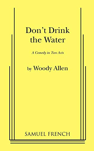 9780573608179: Don't Drink the Water