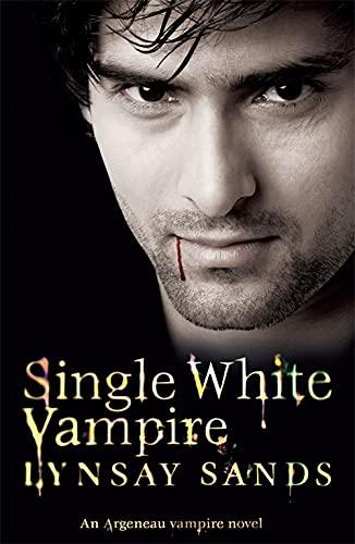 9780575093836: Single White Vampire: An Argeneau Vampire Novel