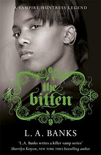 9780575094666: The Bitten (Vampire Huntress Legend)