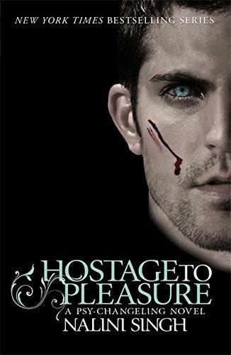 9780575100039: Hostage to Pleasure (Psy-Changeling Novels)