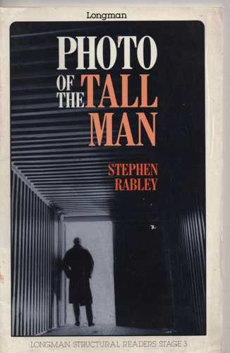 9780582013858: Photo of the Tall Man (Structural Readers)