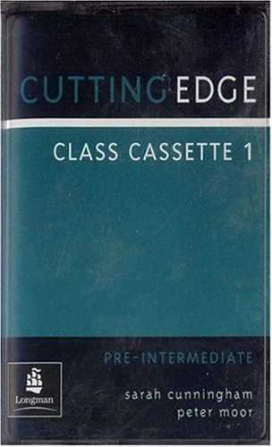 9780582400221: Cutting Edge Pre-Intermediate Class Cassette (Set of 2)