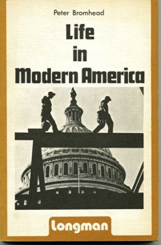 9780582553521: Life in Modern America