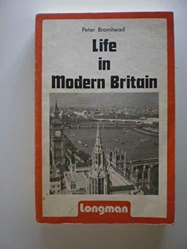 9780582555143: Life in Modern Britain