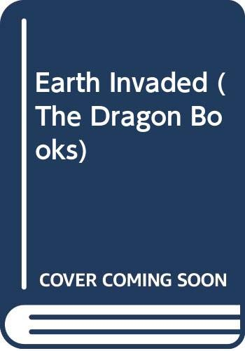 9780583308403: Earth Invaded (The Dragon Books)