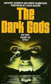 9780586062333: Dark Gods (Panther Books)