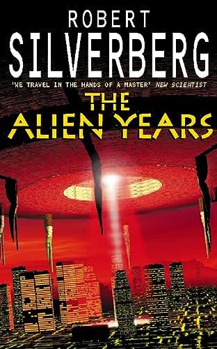 9780586211106: The Alien Years