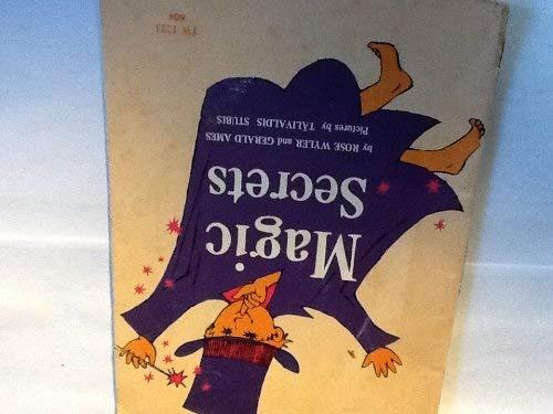 9780590015608: Magic Secrets