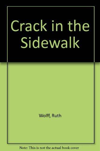 9780590034234: Crack in the Sidewalk