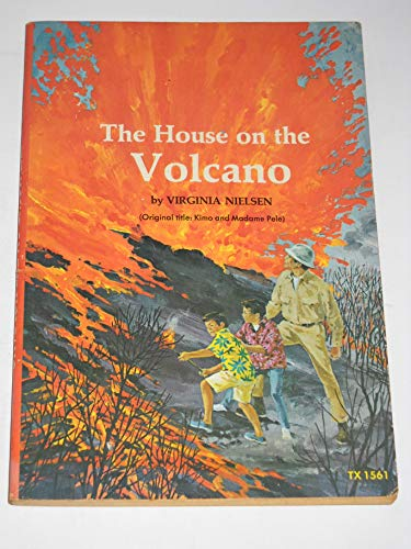 9780590044554: The House on the Volcano