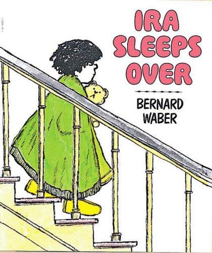 9780590099202: Ira Sleeps Over