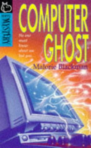 9780590196574: The Computer Ghost (Hippo Mystery S.)