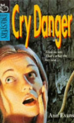 9780590199179: Cry Danger (Hippo Mystery)