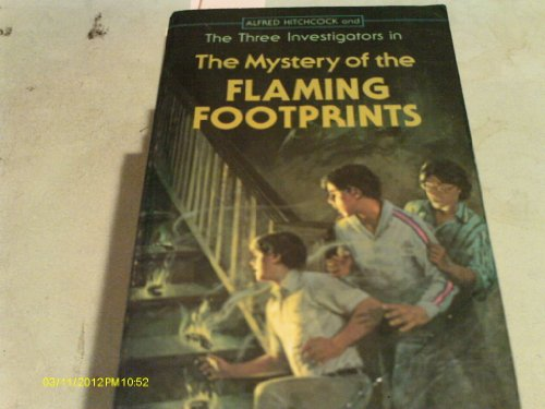 9780590303293: The Mystery of the Flaming Footprints (Alfred Hitchcock and The Three Investigators)