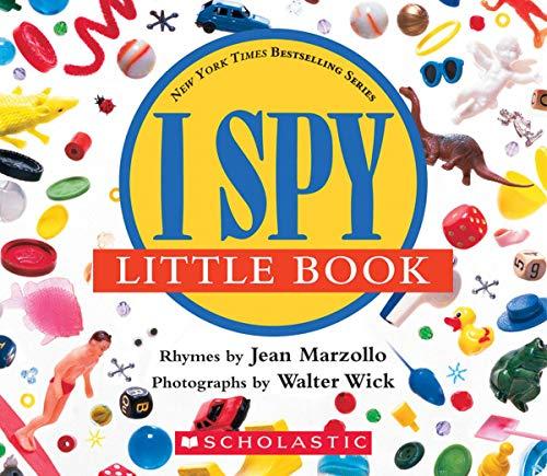 9780590341295: I Spy Little Book