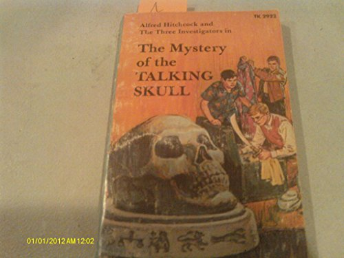 9780590360012: The Mystery of the Talking Skull (Alfred Hitchcock and the Three Investigators)