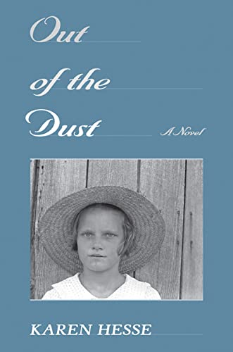 9780590360807: Out of the Dust (Newbery Medal Book)