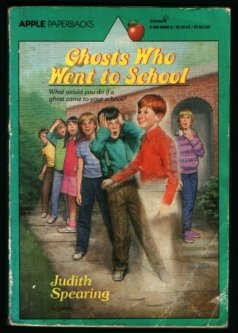 9780590404525: Ghosts Who Went to School