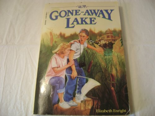 9780590409049: Gone Away Lake