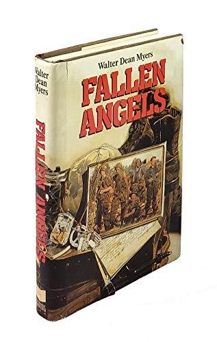 9780590409421: Fallen Angels (Coretta Scott King Author Award Winner)
