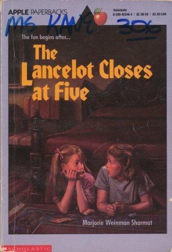 9780590422468: The Lancelot Closes at Five
