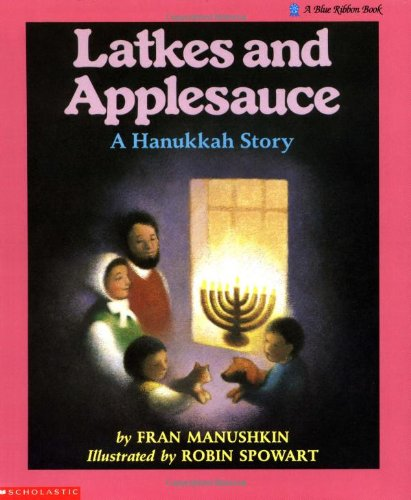 9780590422659: Latkes And Applesauce: A Hanukkah Story