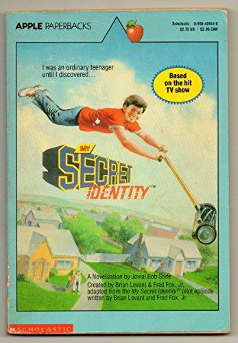 9780590424141: My Secret Identity