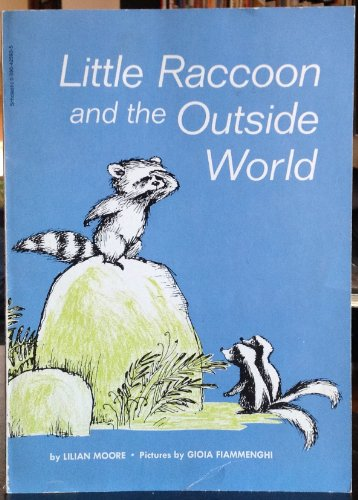 9780590425933: Little Raccoon and the Outside World