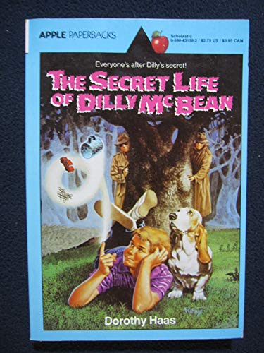 9780590431385: The Secret Life of Dilly McBean