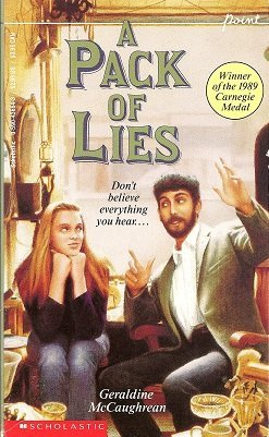 9780590436649: A Pack of Lies: Twelve Stories in One (Point)