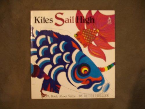 9780590437646: Kites Sail High