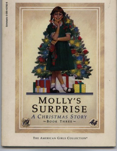 9780590437820: Title: Mollys Surprise A Christmas Story