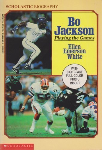 9780590440752: Bo Jackson: Playing the Games (Scholastic Biography)