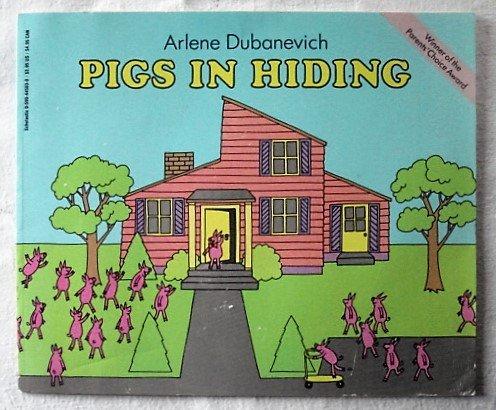 9780590445030: Pigs in Hiding