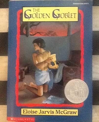 9780590445528: The Golden Goblet