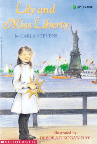 9780590449205: Lily and Miss Liberty (Rise and Shine)