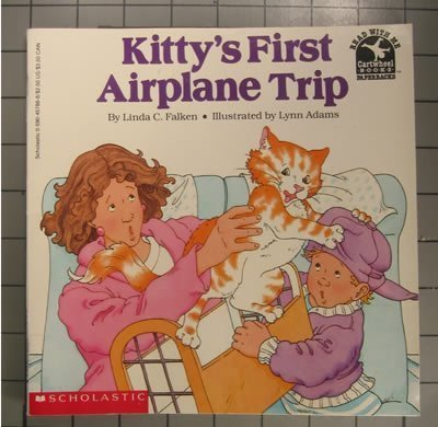 9780590457880: Kitty's First Airplane Trip (Read With Me)