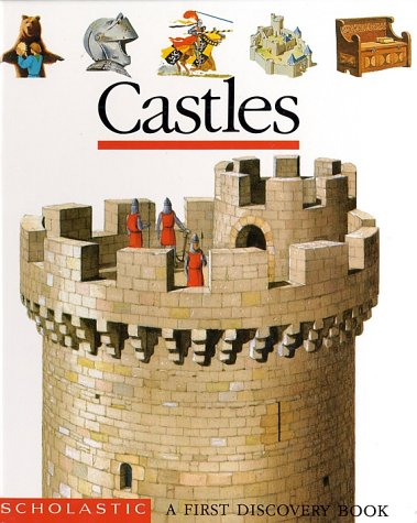 9780590463775: Castles (First Discovery Books)
