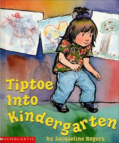 9780590466530: Tiptoe into Kindergarten