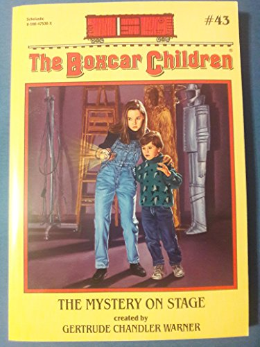9780590475389: The Mystery On Stage The Boxcar Children #43