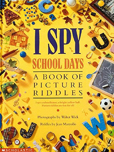 9780590481359: I Spy School Days: A Book of Picture Riddles