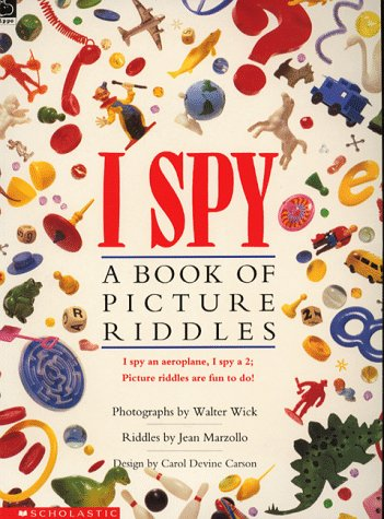 9780590552721: I Spy; A Book of Picture Riddles (Picture Hippo)