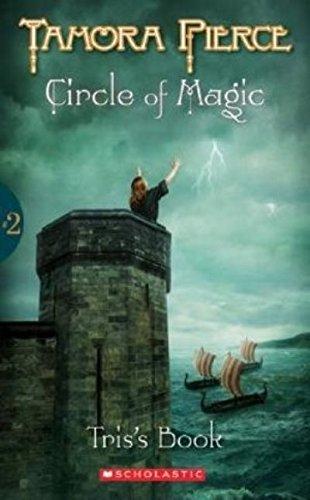 9780590554091: CIRCLE OF MAGIC #02 TRISS BK