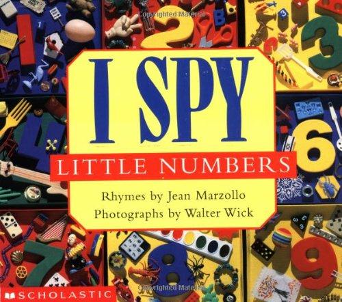 9780590687140: I Spy Little Numbers